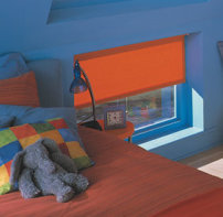 Easi-Stop Rollers-graphic-orange-Skylight2