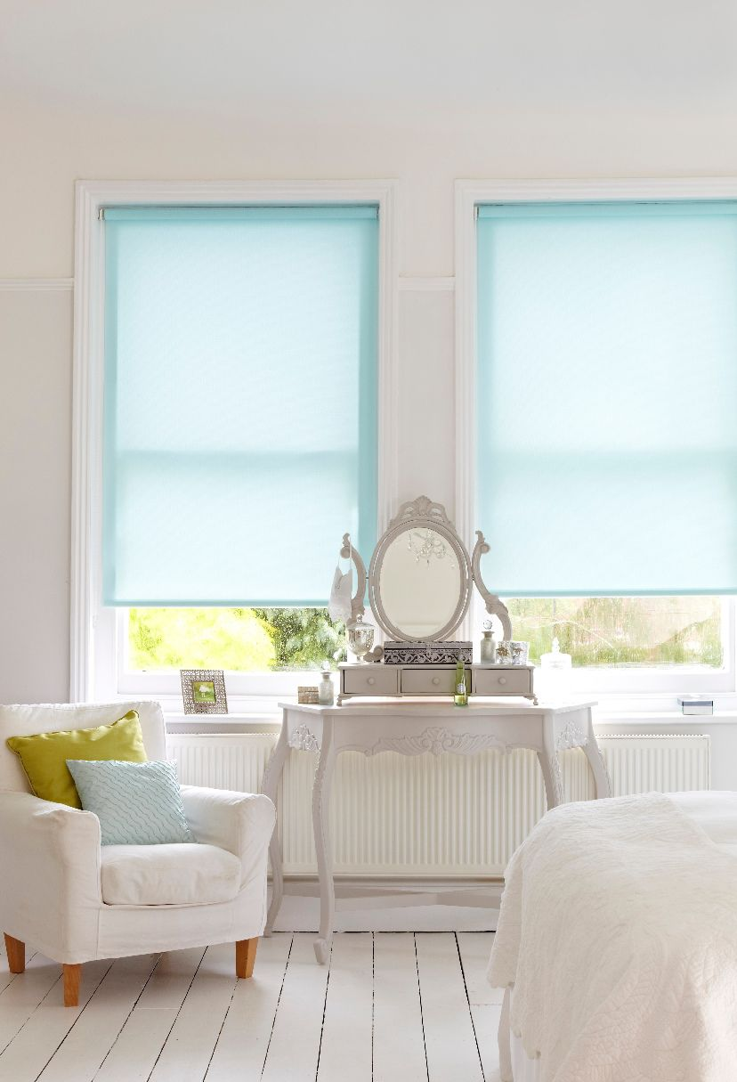 persimmon aqua motorised blind
